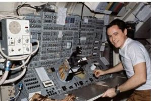 Edward Gibson working in skylab